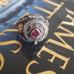 Jewelry - Vintage Poison Ring